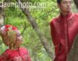 Foto Pre Wedding Manda dan Kholid: Asmara dalam Bentangan Semesta