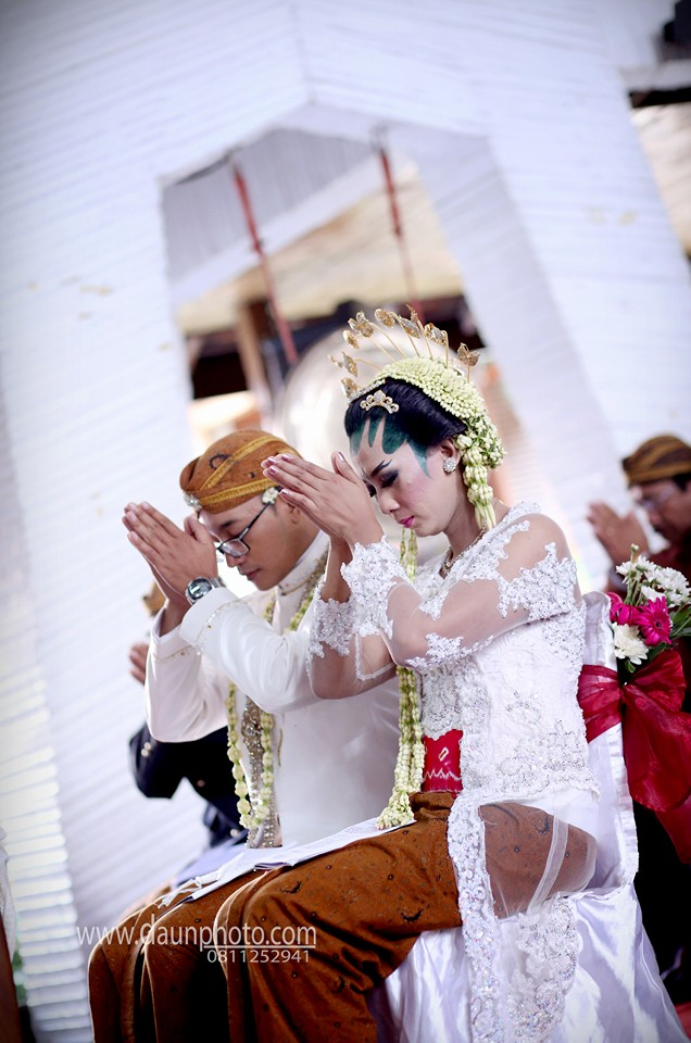 pernikahan sakral