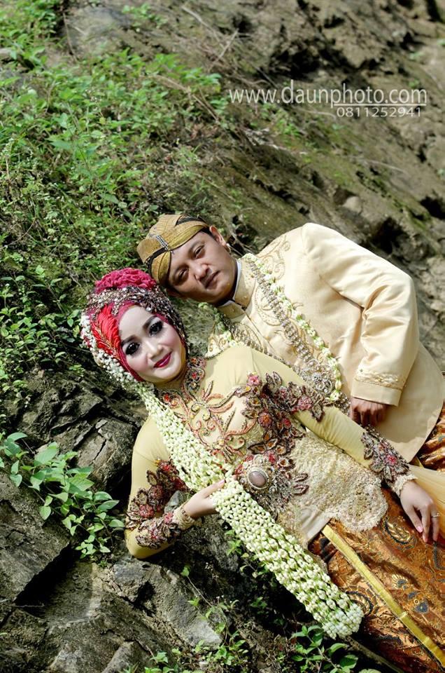 foto outdorr wedding daun photo klaten
